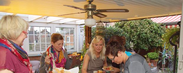 """Unter dem Motto """"Indian Summer"""" fand am vergangenen Freitag der fünfte Isselburger Weiberabend statt. Gastgeber war Elektro Weck. Auf zwei […]"""