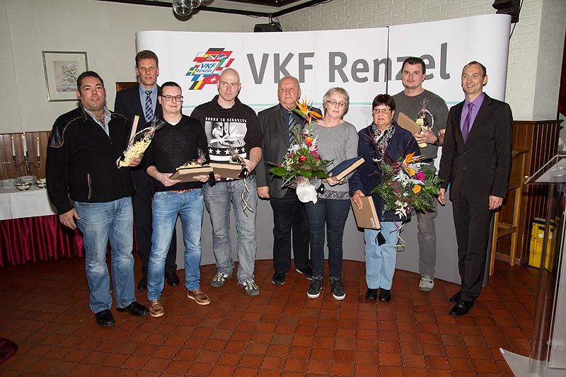 Von links nach rechts Dominique Büß, Joachim Ostendorf (GF), Volker Schwinning, Ingo Tielmann, Heinz Renzel (GF), Monika Börgers, Dagmar Hörst, Krystian Paletta, Ansgar Hügging (GF)