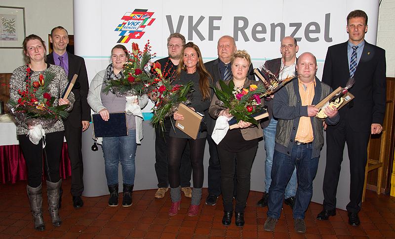 Von links nach rechts Christina Kampshoff, Ansgar Hügging (GF), Lisa Stowermann, Matthias Grimm, Yvonne Gerresheim, Heinz Renzel (GF), Sandra Siegert, Dirk Bennemann, Marc Nakath, Joachim Ostendorf (GF)