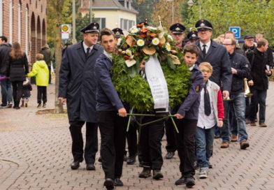Am Volkstrauertag den Opfern der Weltkriege gedenken