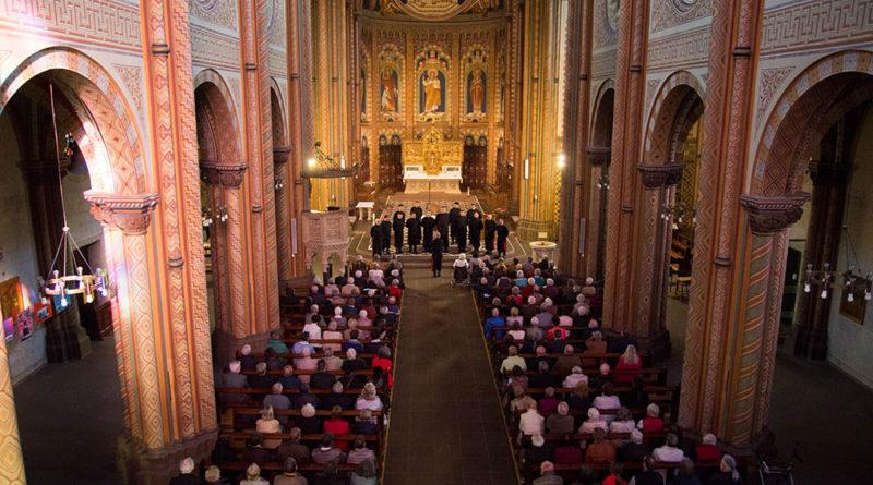 Standing Ovationen für den Don Kosaken Chor