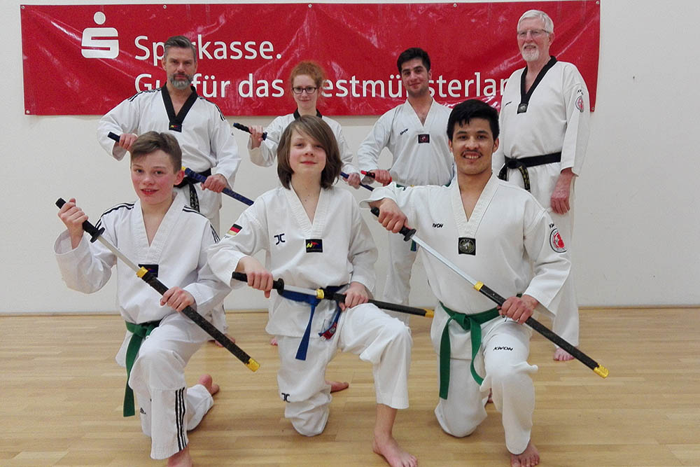 teakwondo sportler sammeln punkte f r die wm in athen isselburg live. Black Bedroom Furniture Sets. Home Design Ideas