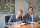 Michael Carbanje bekam Besuch aus dem Bundestag