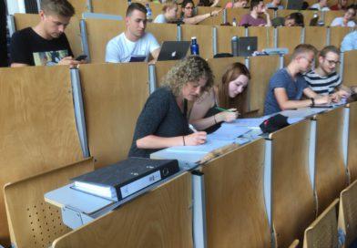 Ersatzschule Isselburg – Eltern bekommen Fragebogen