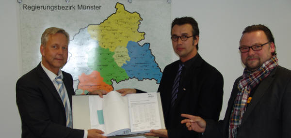 Isselburg21 übergibt der Bezirksregierung mehr als 3.000 Unterschriften