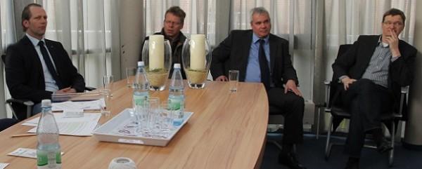 Sascha Schweckhorst, Heiner Günther, Gregor Hochrath und Dirk Engel machten sich für die Einrichtung der Hauptschule stark