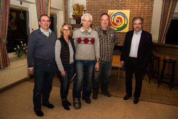 V.l.: Theo Nieland, Sabine Kreyenbrink, Ernst Caninenberg, Andreas Schenk, Michael Menke (Foto: Frithjof Nowakewitz)