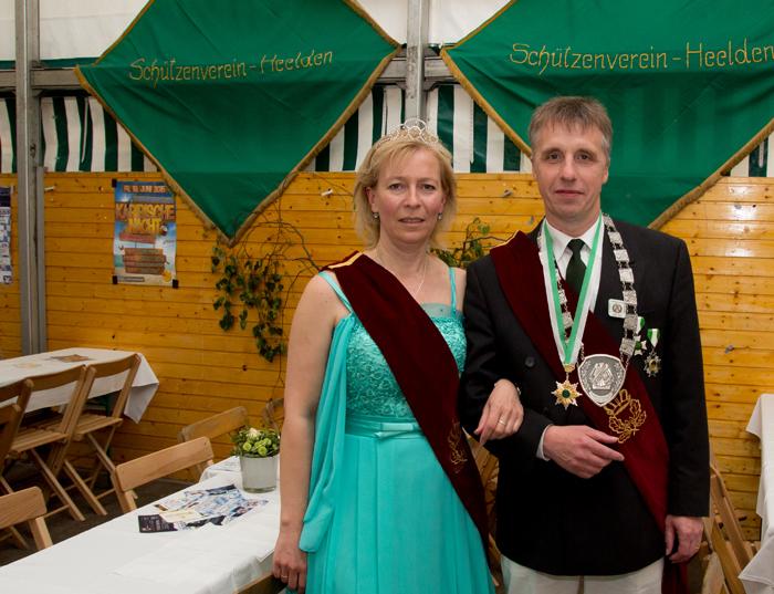 Michael Hakvoort und Verena Lackermann sind das neue Heeldener Königspaar (Foto: Frithjof Nowakewitz)