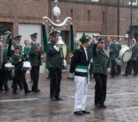 Regen und Rücktrittsgedanken am Schützenfestsamstag