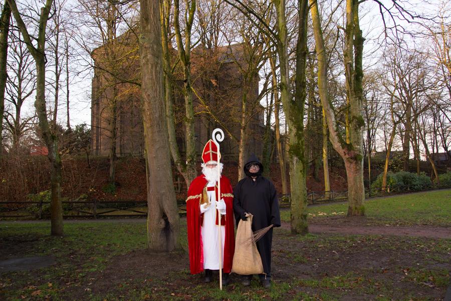 Wer die beiden Herren sind, wird nicht verraten. Nennen wir sie einfach Nikolaus und Knecht Ruprecht (Foto: Frithjof Nowakewitz)