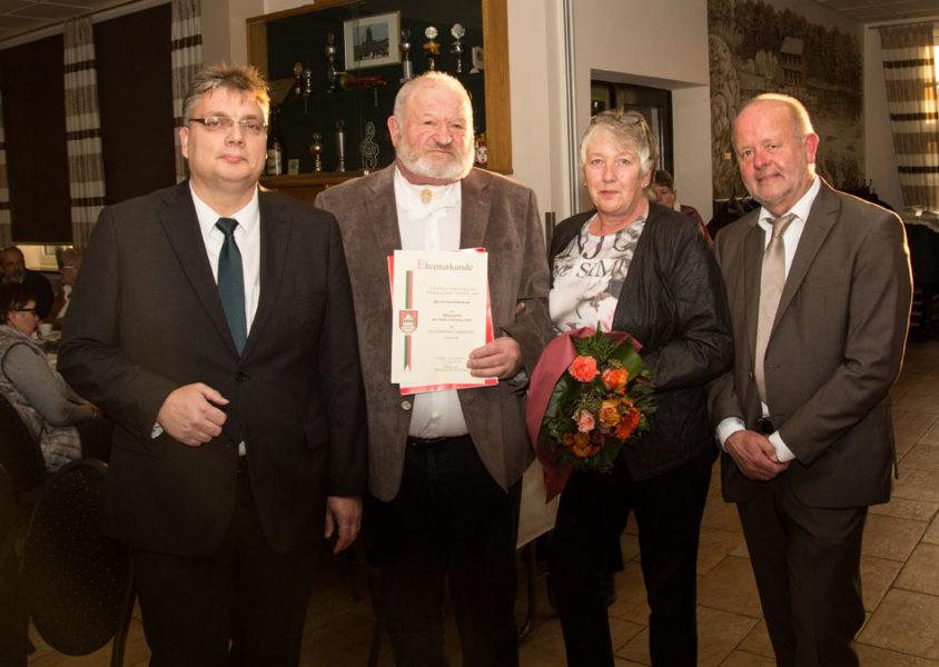 Gerhard Borkens erhält den Bürgerehrenpreis