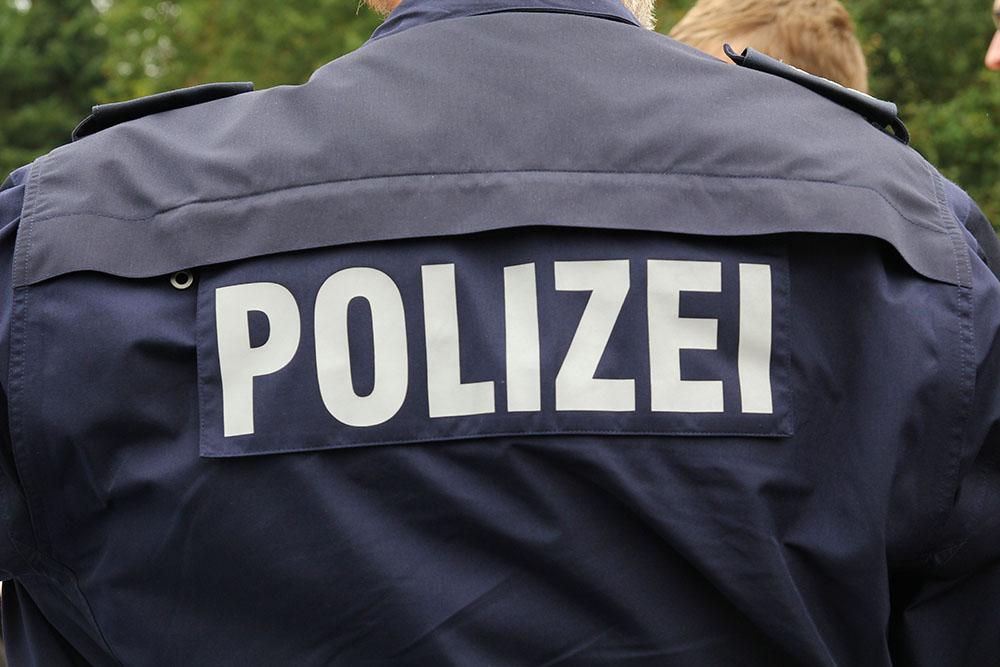 VW-Transporter in Werth gestohlen