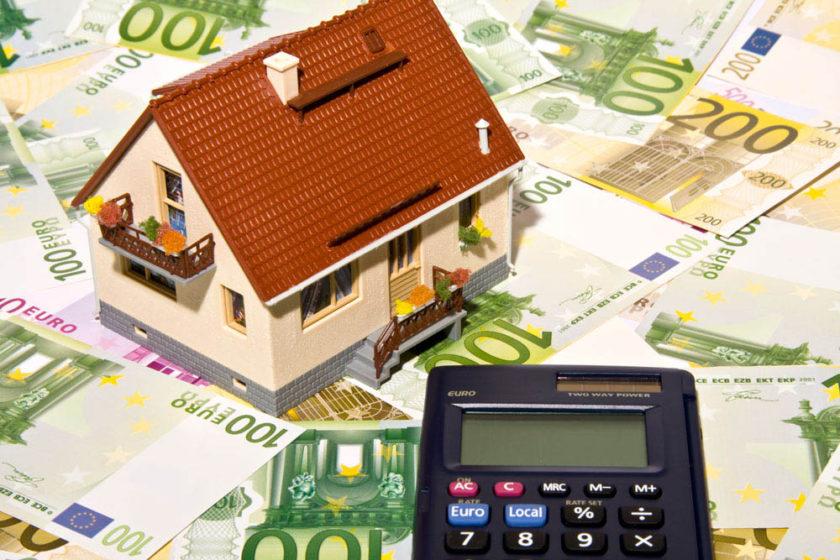 Ausschuss beschließt Erhöhung der Grundsteuern