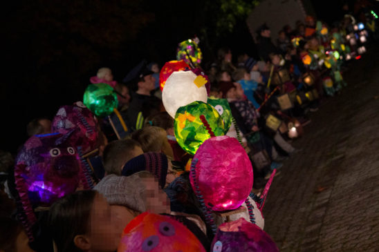 ca. 300 Kinder nahmen am Werther Martinszug teil