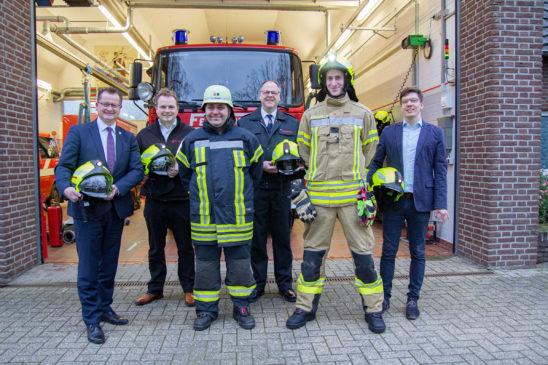 140 Feuerwehrleute wurden neu ausgerüstet