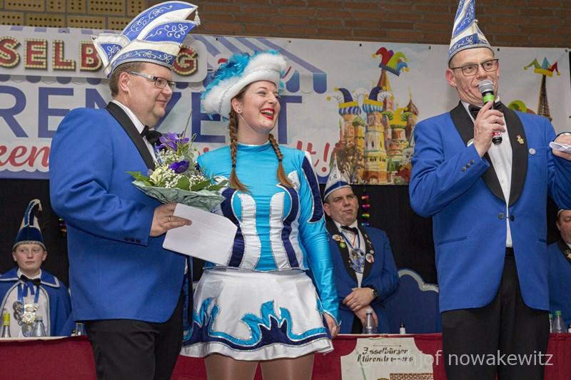 Bürgerhalle Herzebocholt wurde zum Isselburger Narrenzelt