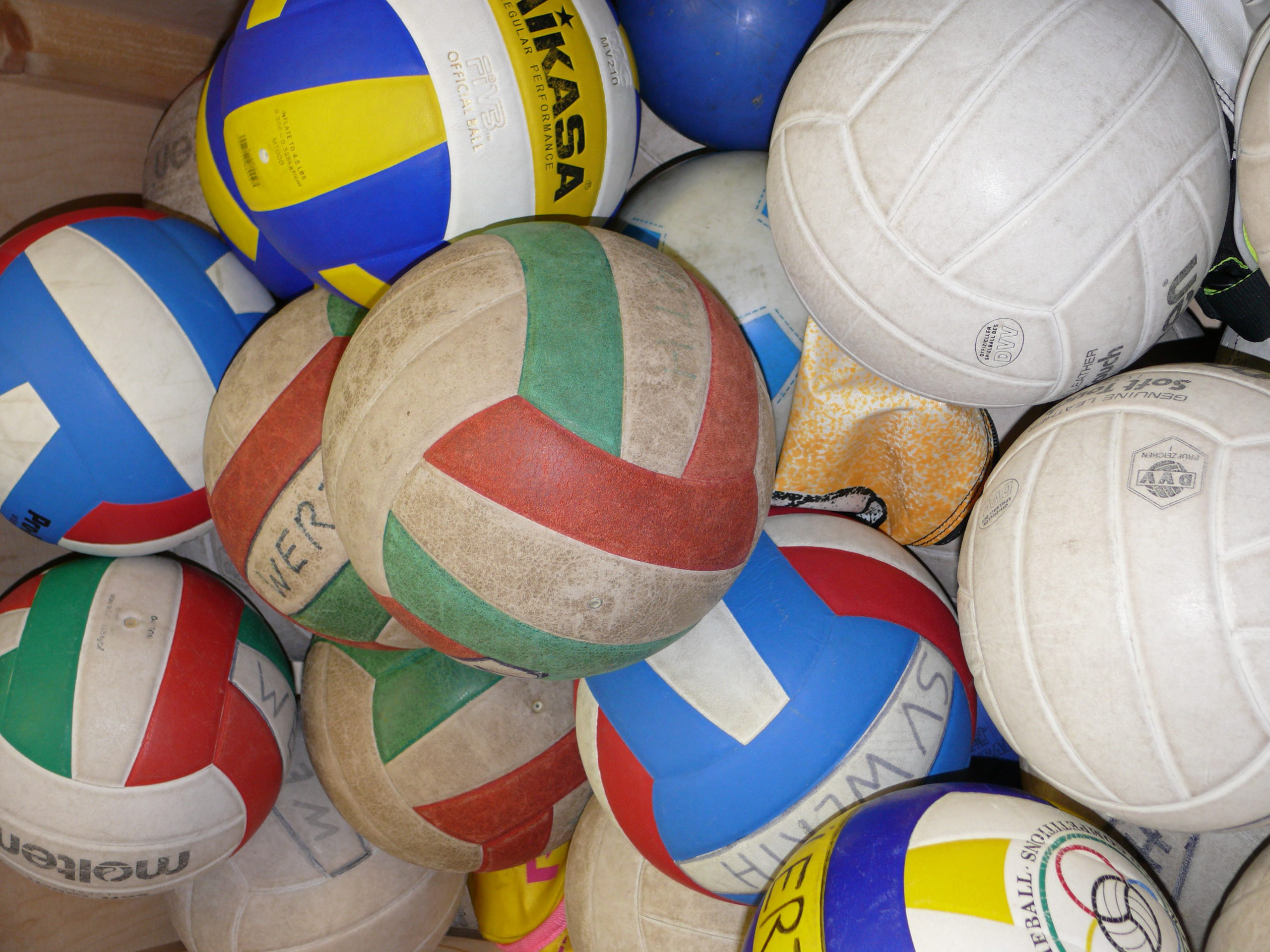 Fußball-Handball-Volleyball - Ergebnisse