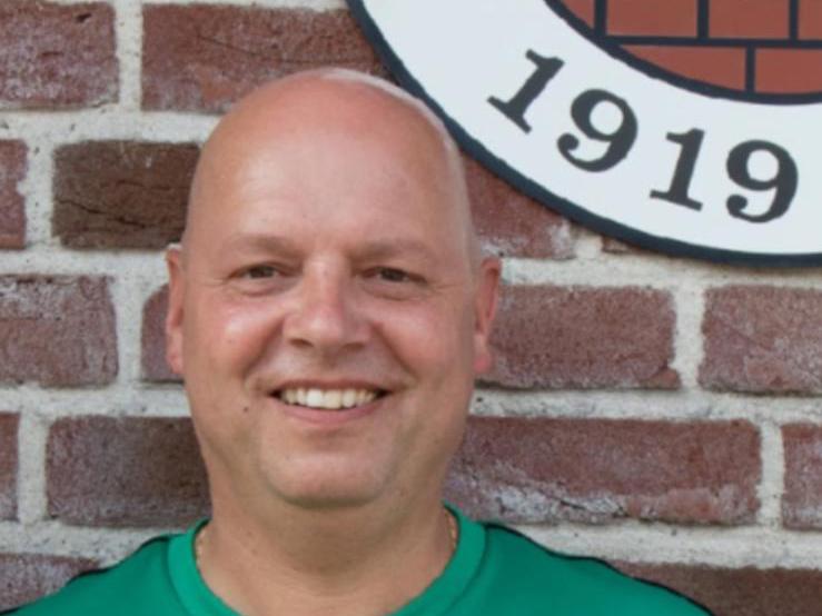 Sven Kroker bleibt Trainer beim SuS Isselburg